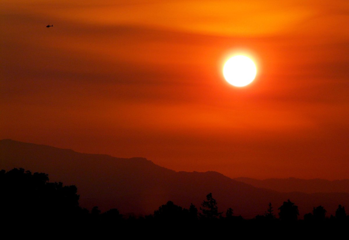 CalifornianBushfireSunset_DawnEllner